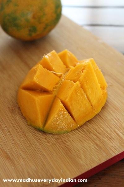mango pictute for mango no churn ice cream