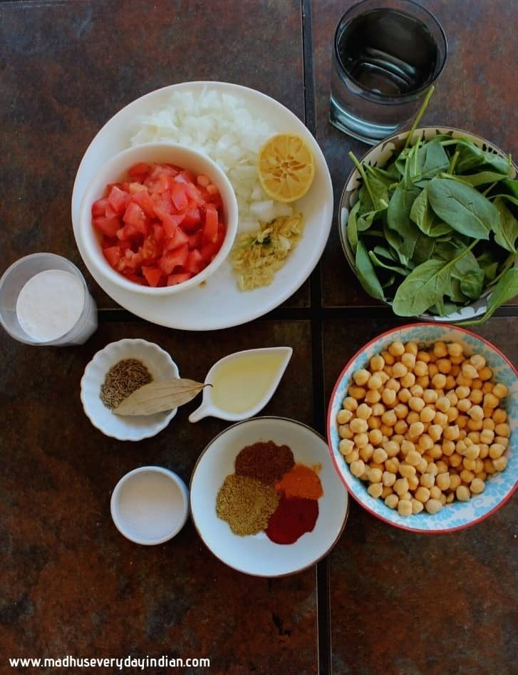 picture of the ingredients needed to make chickpea curry