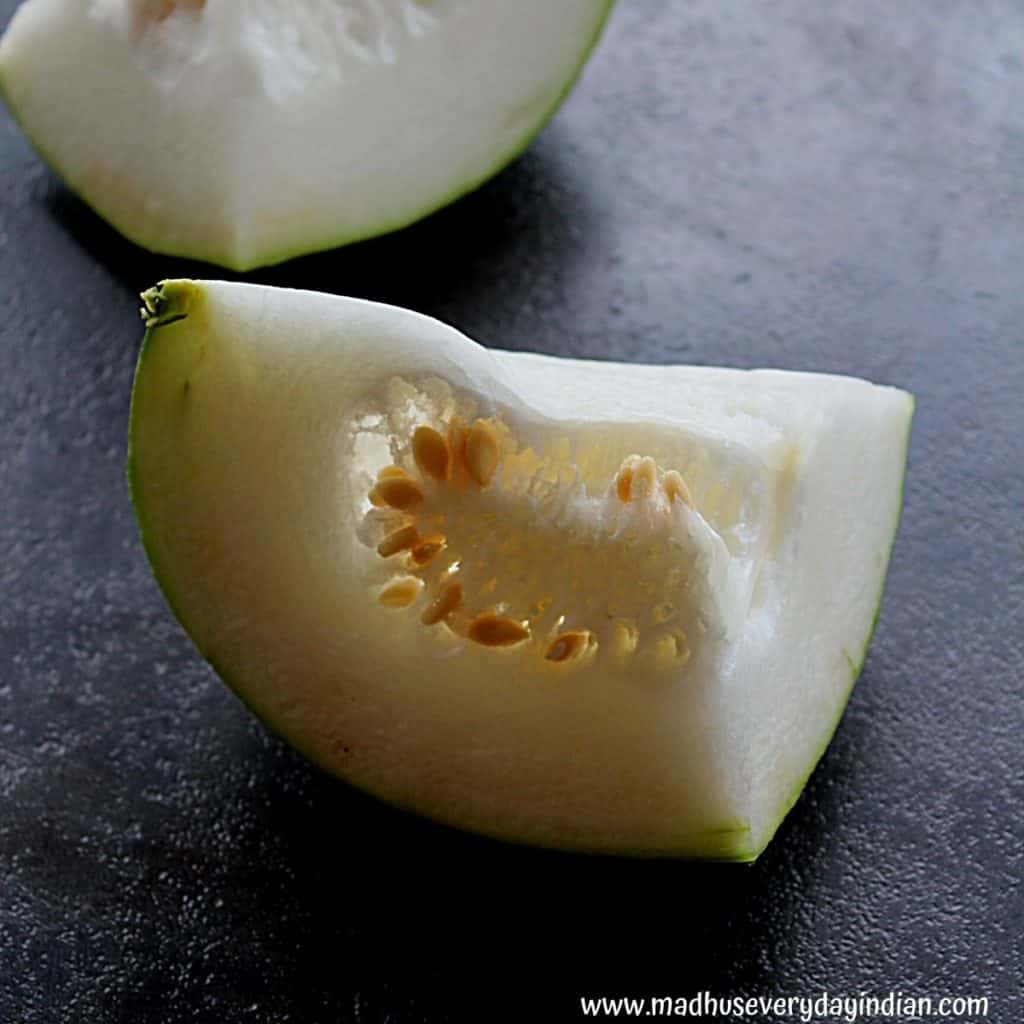 picture of 2 pieces of ash gourd