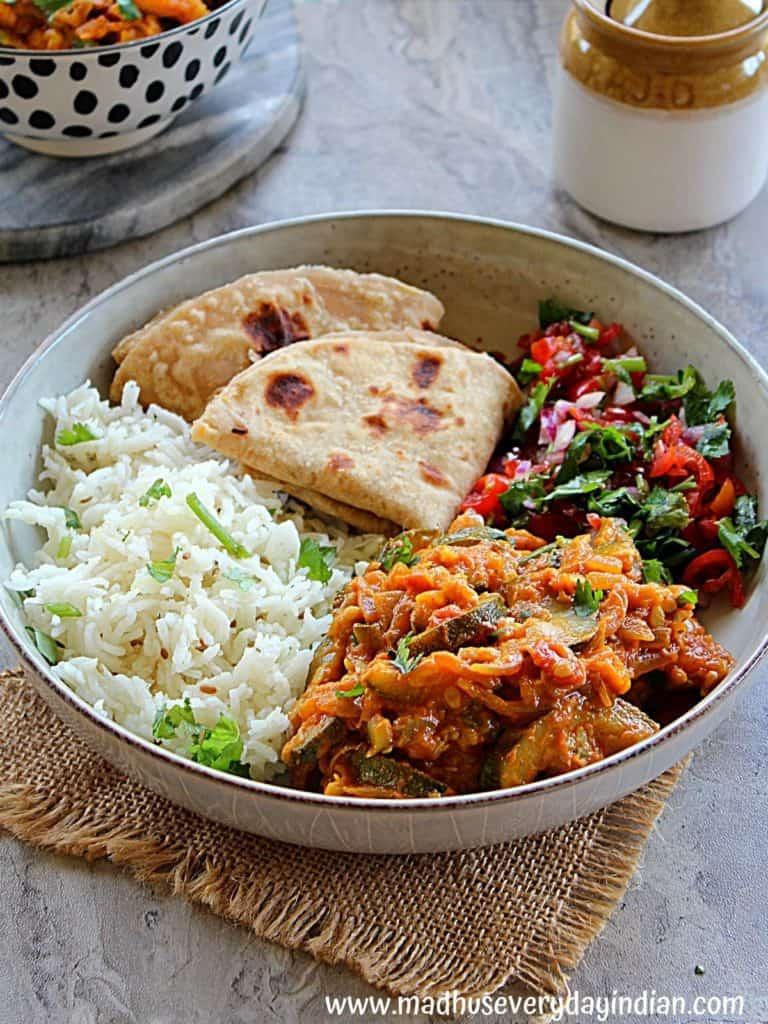 torai ki sabzi served with roti, rice and salad
